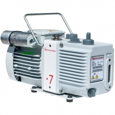 E2M0.7 200-230V,1 相,50/60Hz,IEC 60320 接头
